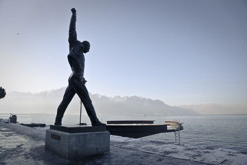 A statue in Montreux