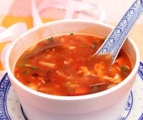 Sauer Scharf Suppe