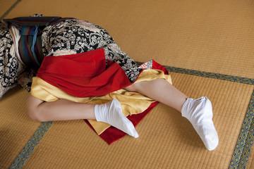 着物の女性の脚