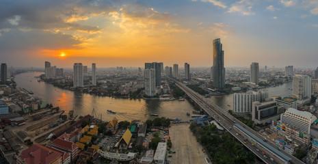 Chao Phraya river curve