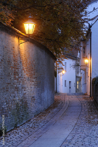 canvas print picture Gasse in Augsburg