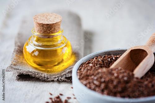 Gesunder Start - Leinöl und leinsamen - 75462875