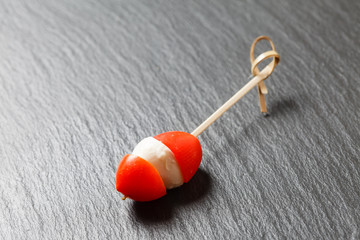 cherry tomato with mozzarella