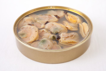 Chilean clams in a tin can