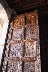 Puerta de Madera - Entrada Iglesia