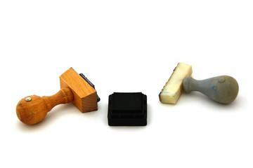2 Stempel mit Stempelkissen