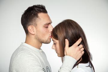 Die Frau küssen
