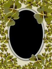 Lucky Frame Oval Gold