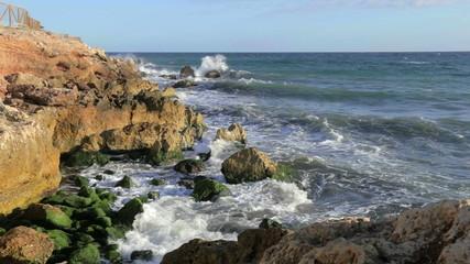 Water breaking in rocks