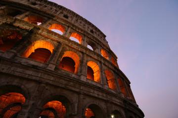Alba a Roma, Il Colosseo