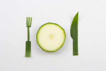 Gedeck aus Gemüse und mit Gemüse