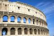 Colosseo e nuvole