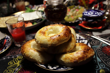 Plate with uzbek bread