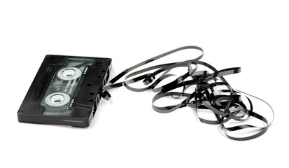 Audio cassette with tape tangle