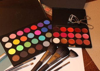 sets for a professional make-up