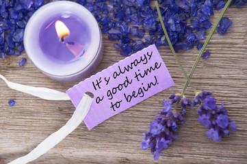 Lila Etikett Mit Zitat  Und Lavendel Blüten