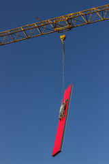 lifting sandwich panel for the walls by crane