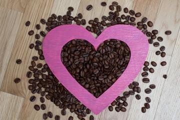 Кофе в розовом сердце