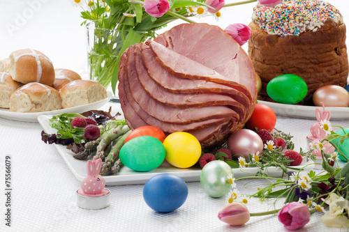 Honey Sliced Ham For Easter - 75566079