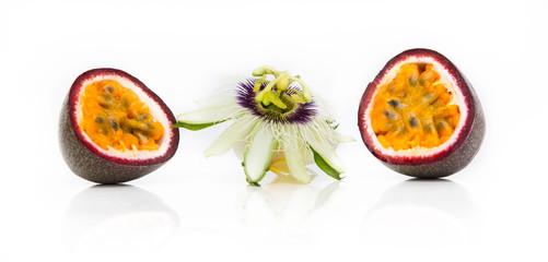 Fruit de la passion et fleur de la passion