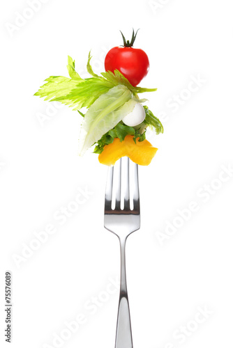 Aluminium Salade Mixed salad on fork isolated on white