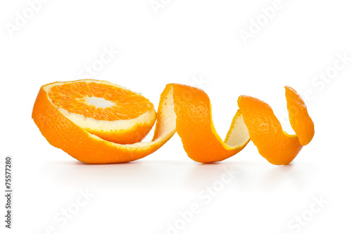 Foto op Aluminium Keuken orange peel spiral on white background