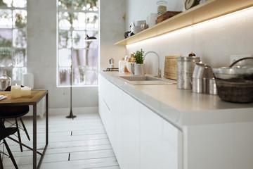 Moderne Küche in Altbau - modern kitchen in old Loft apartment