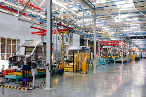 car assembly line - 75593060