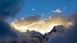 canvas print picture - Sonnenaufgang im Hochgebirge