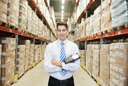 Staande foto Industrial geb. manager worker in warehouse