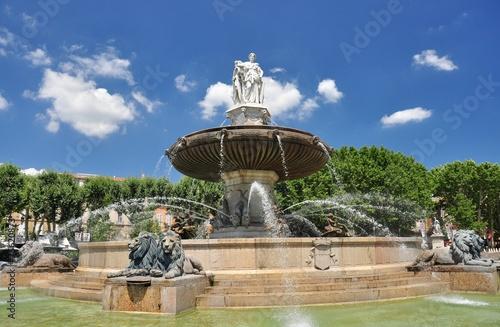 AIX EN PROVENCE : FONTAINE DE LA ROTONDE - 75620873