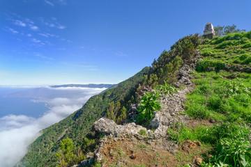 El Hierro - Aufstieg zum Monumento al General Serrador