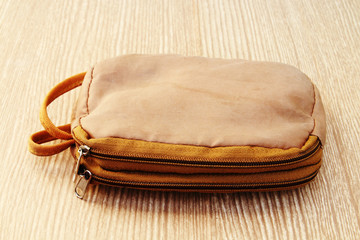 brown zipper bag 2