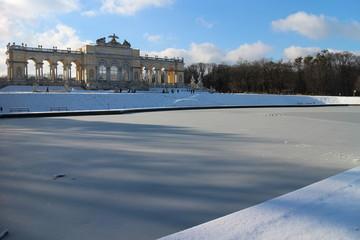 Gloriette Wien im Winter