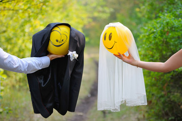 just married balloons with smiles