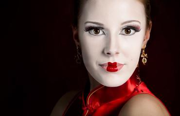 Geisha red lips