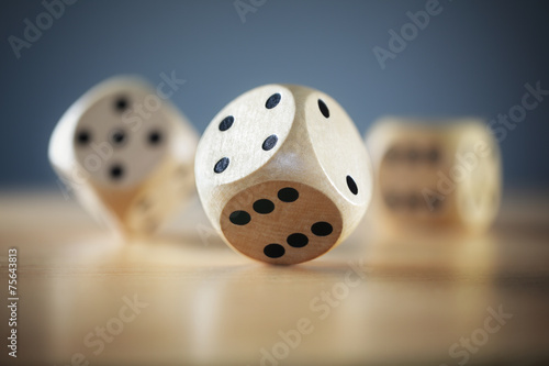 canvas print picture Rolling the dice
