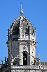 Glockenturm der Klosterkirche Jeronimo Lissabon Belem