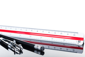 Zirkel Stift Maßstab