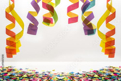 canvas print picture Luftschlangen und Konfetti