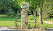 Leinwanddruck Bild - Brunnen Wasserrad in Urdenbach - Düsseldorf