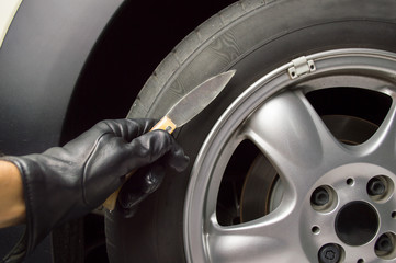 puncture a tyre