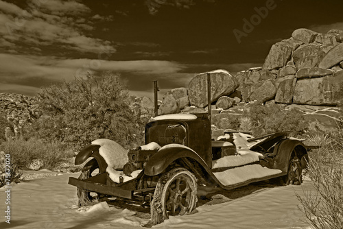 canvas print picture Old Pick Up