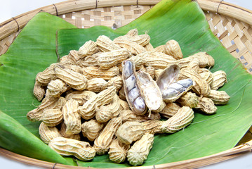 Peanut boiled on banana leaf 01