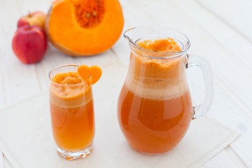 apple and pumpkin juice