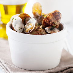 Bowl of Delicious Fresh Steamer Clams with Parsley