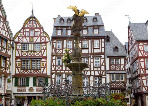 Bernkastel, Rheinland Pfalz, Germany - 75696284