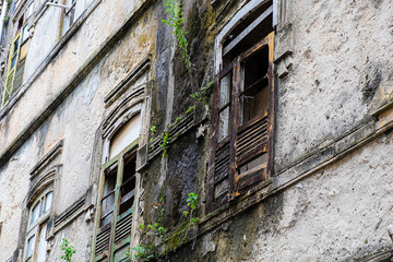 Verfallene Hausfassade in Salvador de Bahia