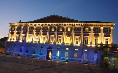 chambéry-place du palais de justice le soir