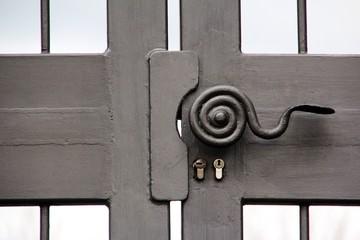 door lock limburg dom cathedral